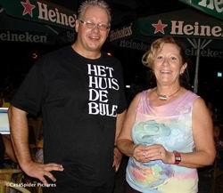 Lezeres Loek herkent CasaSpider bij Pleincafe Wilhelmina op zaterdag 16.09.2006.