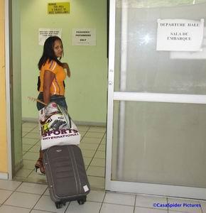 Sugey neemt afscheid van ons en keert terug naar Santo Domingo. Klik voor groter/sluiten.