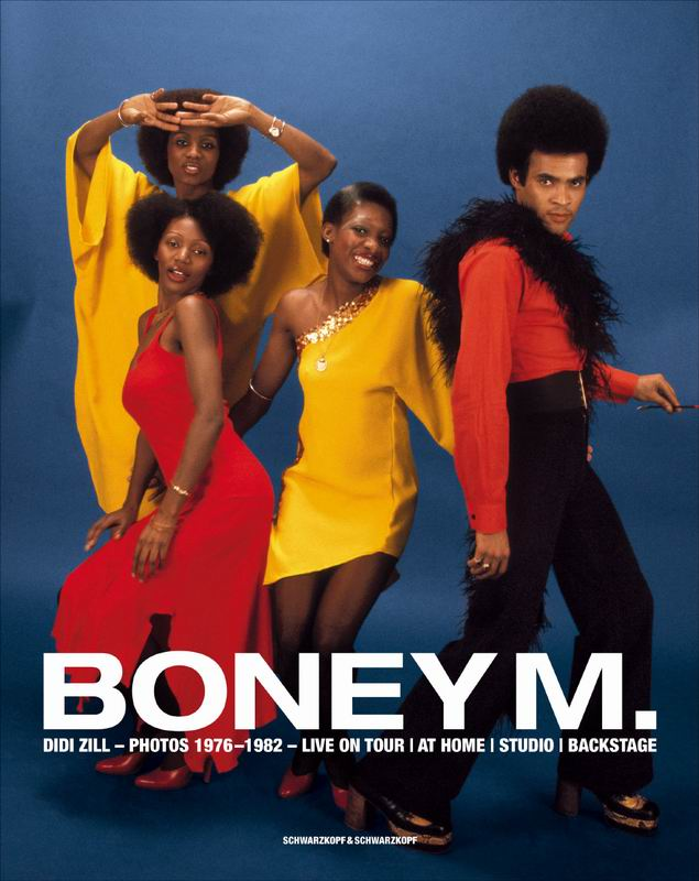 29.12.2007: CasaSpider laat Lucy via YouTube muziek uit de 70'er en 80'er jaren zien, onder andere Boney M. Klik voor groter.