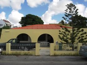30.01.2008: Ons oude huis aan de Socratesstraat 9 te Curacao staat te huur. Klik voor groter.