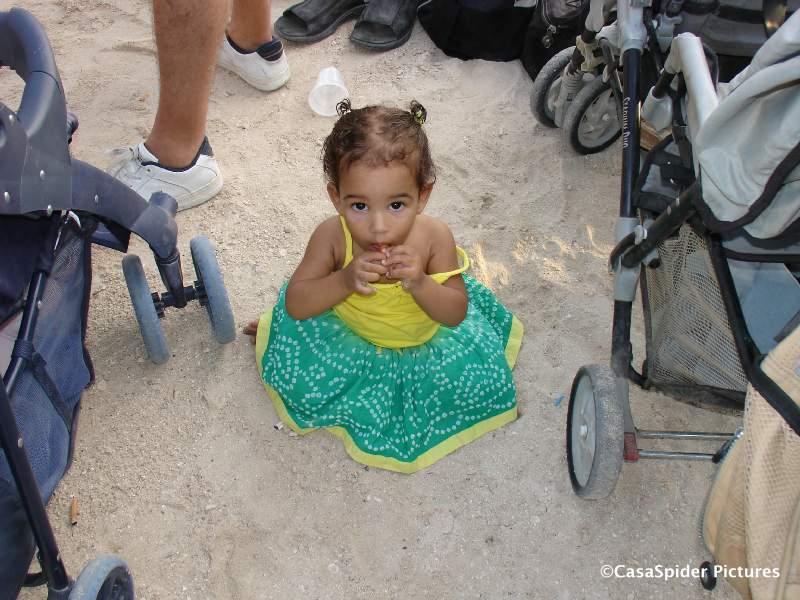 27.05.2007: Diana (1) tijdens het Happy Hour bij Wet & Wild Curacao. Klik voor groter.