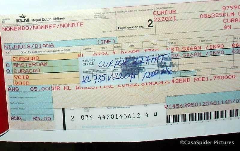 04.04.2007: Het was een heel gedoe met het nieuwe reserveringssysteem van de KLM, het ticket van Diana moest geherdateerd worde. Klik voor groter.