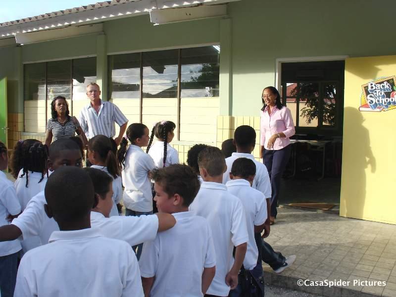 13.08.2007: Luchiano (9) Back To School, Marnix-school klas (niet groep) 5B. Klik voor groter.