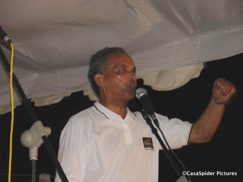 10.03.2007: Nelson Pierre start verkiezingscampagne 2007 op Vredenberg. Klik voor groter.