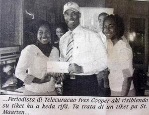 09.03.2007: Yves Cooper wint reis naar Sint Maarten maar kan niet gaan wegens niet hebben van een paspoort. Foto Extra. Klik voor groter.
