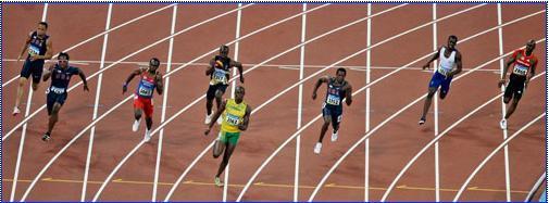 20.08.2008: Beijing 2008 200 meter finale, Churandy Martina stapt inderdaad op/over de lijn. Klik voor groter.