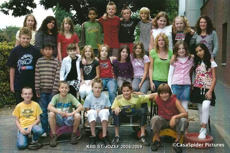 11.09.2008: KBS Sint Jozef Rijen, groep 7c/8c, schooljaar 2008-2009. Klik voor groter.