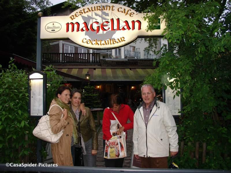 15.05.2009: Een dagje Aken met CasasPa, afsluitend diner in restaurant Magellan. Klik voor groter.