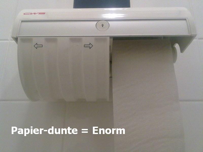 22.01.2010: Sjonge, wat is dat dunne toiletpapier toch irritant. Klik voor groter.