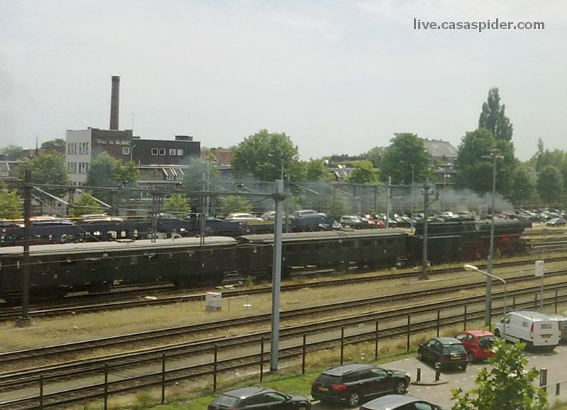 09.07.2010: NS zet zelfs stoomtreinen in om Amsterdam te bereiken bij de huldiging van Oranje aanstaande dinsdag. Klik voor groter.