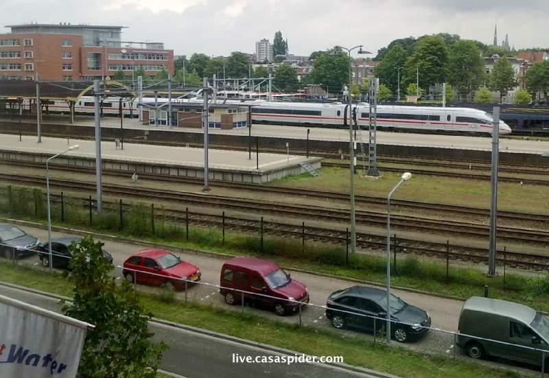 17.08.2010: ICE hogesneldheidstrein start proef op traject Rijen - Den Bosch, speciaal voor CasaSpider. Klik voor groter.