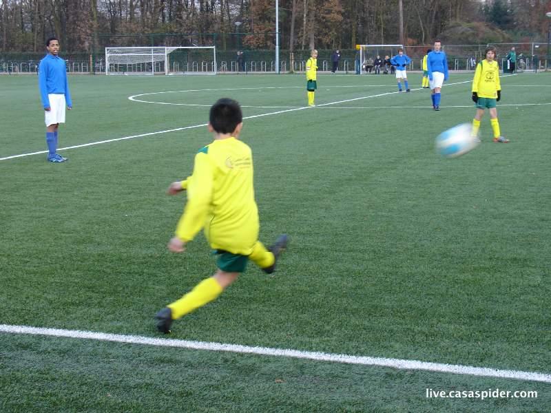 27.11.2010: Rijen C4 gaat in zijn tweede bekerwedstrijd met 0-8 of 0-9 ten onder tegen Waspik C2. Klik voor groter.