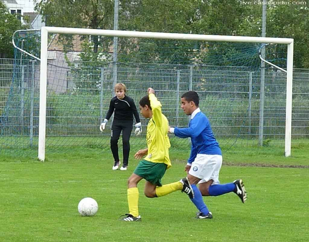 10.09.2011: Rijen C4 wint uit bij BSV Boeimeer C5 met 0-1; Luchiano. Klik voor groter.