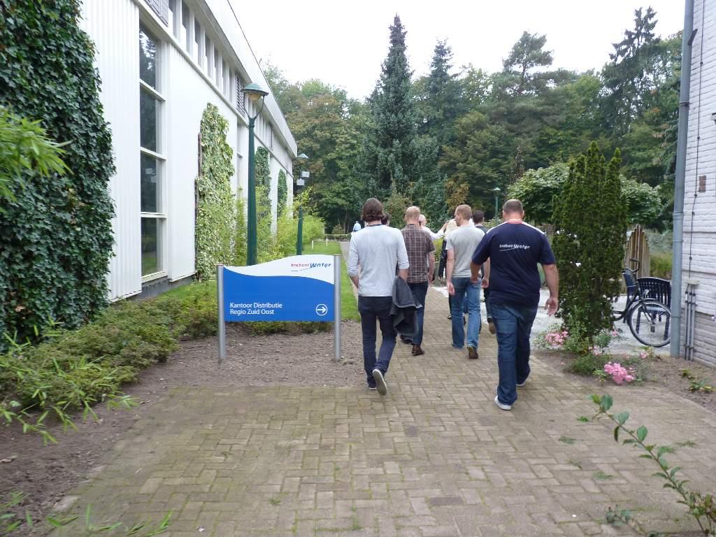 04.10.2011: In het kader van de Introductiedag Brabant Water brengen we een bezoek aan Waterproductiebedrijf Eindhoven. Klik voor groter.