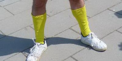 14.05.2011 Menigeen is gefascineerd dan wel getraumatiseerd (vrije keuze) na de aanblik van CasaSpider met zijn Gele Kniekousjes.