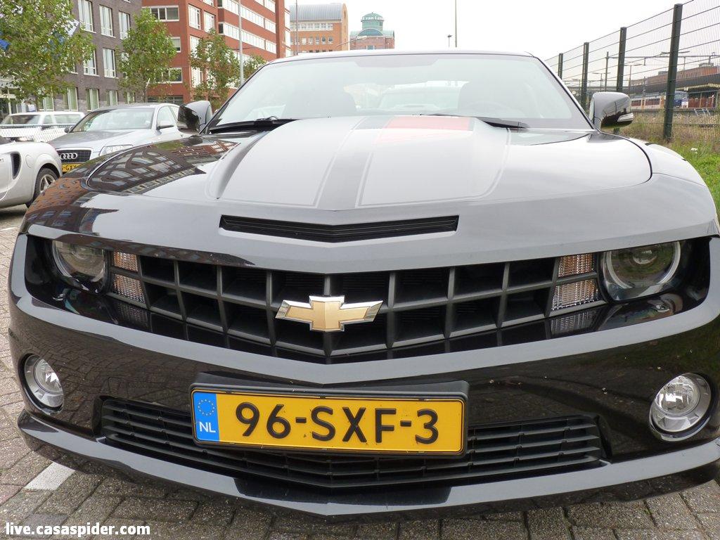 21.09.2012: Chevrolet Camaro 6.2 45th Ann. 250 km/h 0-100 in 5.4 verbruik in stad 18.90 l/100km. Wat een beest! Klik voor groter.