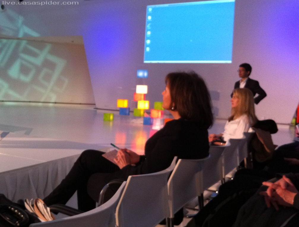20.03.2012: Microsoft SQL Server 2012 Symposium, Jaarbeurs Utrecht. Astrid Joosten is de Dagvoorzitter en mijn oude jeugdliefde. Klik voor groter.